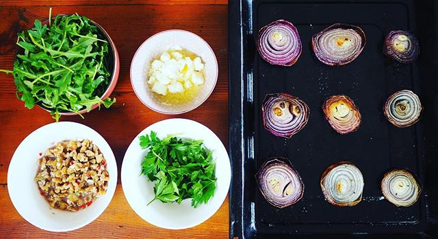 Onions! I don't love raw onions, but red onions roasted slowly are so sweet. This is a quick and easy salad. Yum!  #healthyfood #cooks #salad #onions #simple #foodie #Melbourne #catering www.yunkleandoaf.com