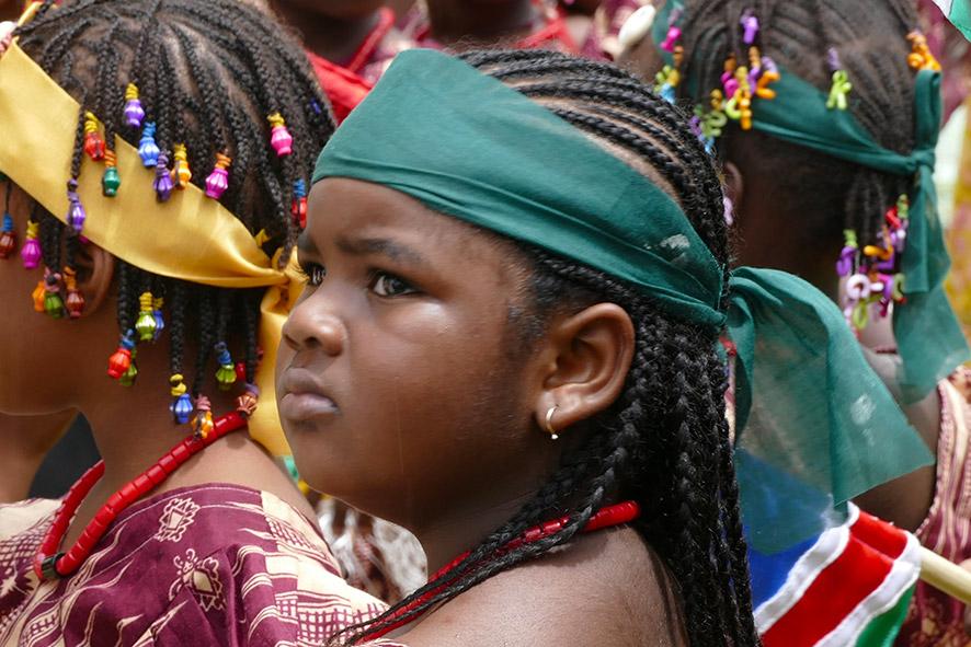 cipre_artiste_sculpteur_inauguration-monuments_16_juin_conakry_capitale_mondiale_du_livre_2017_unesco_4.jpg