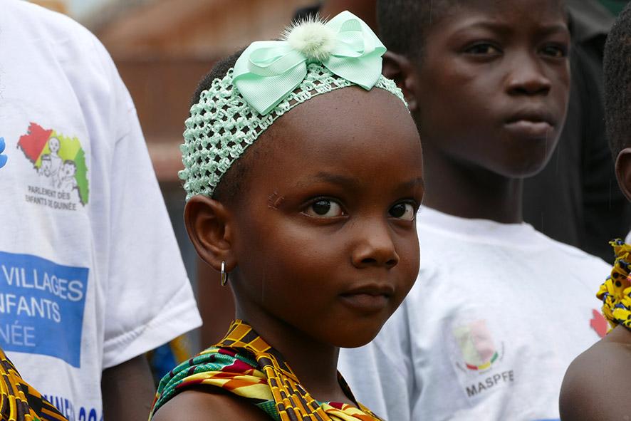 cipre_artiste_sculpteur_inauguration-monuments_16_juin_conakry_capitale_mondiale_du_livre_2017_unesco_6.jpg