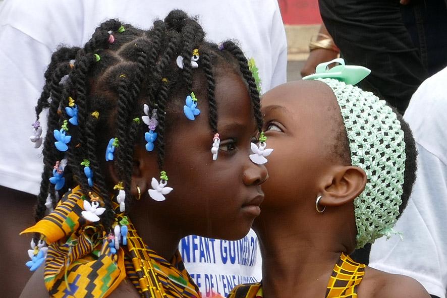 cipre_artiste_sculpteur_inauguration-monuments_16_juin_conakry_capitale_mondiale_du_livre_2017_unesco_13.jpg