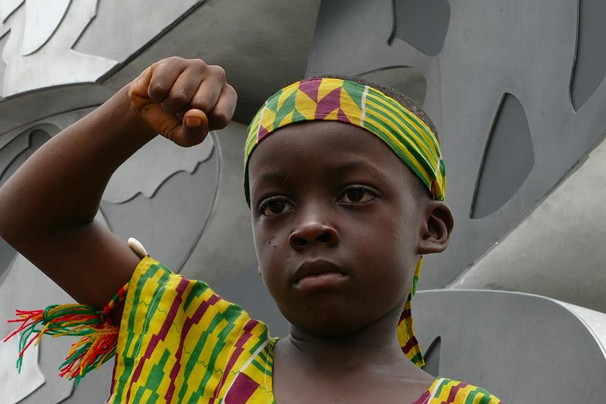 cipre_artiste_sculpteur_inauguration-monuments_16_juin_conakry_capitale_mondiale_du_livre_2017_unesco_21.jpg