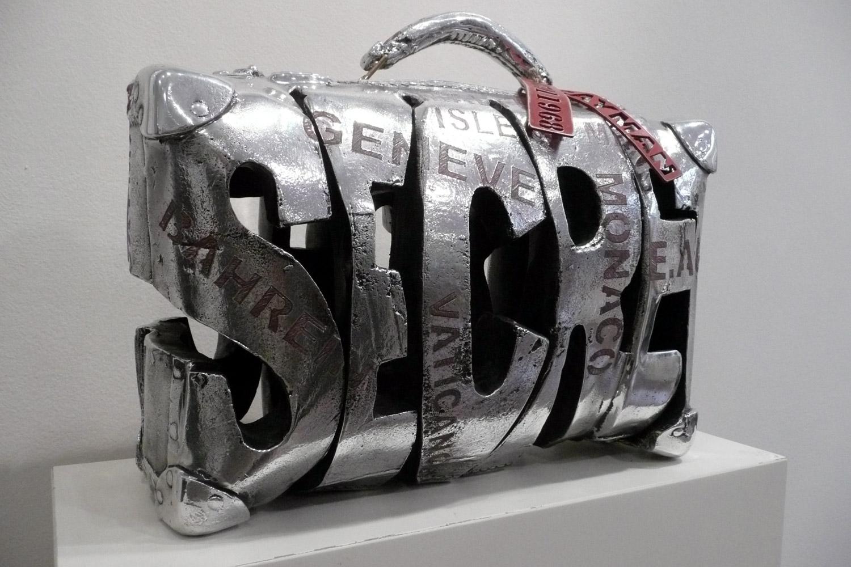 Secret  (2011) | aluminium | 45 x 30 x 10 cm | oeuvre originale