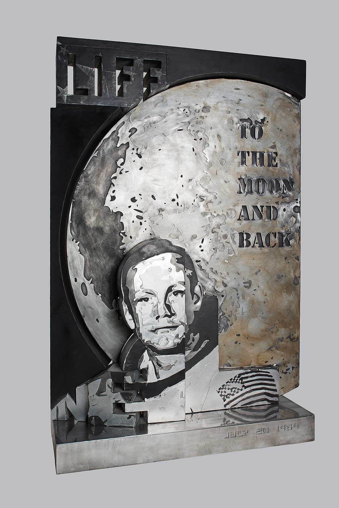 Neil  (2012) | aluminium | 155 x 105 x 43 cm | 1/1 | © Jean-René Broyer