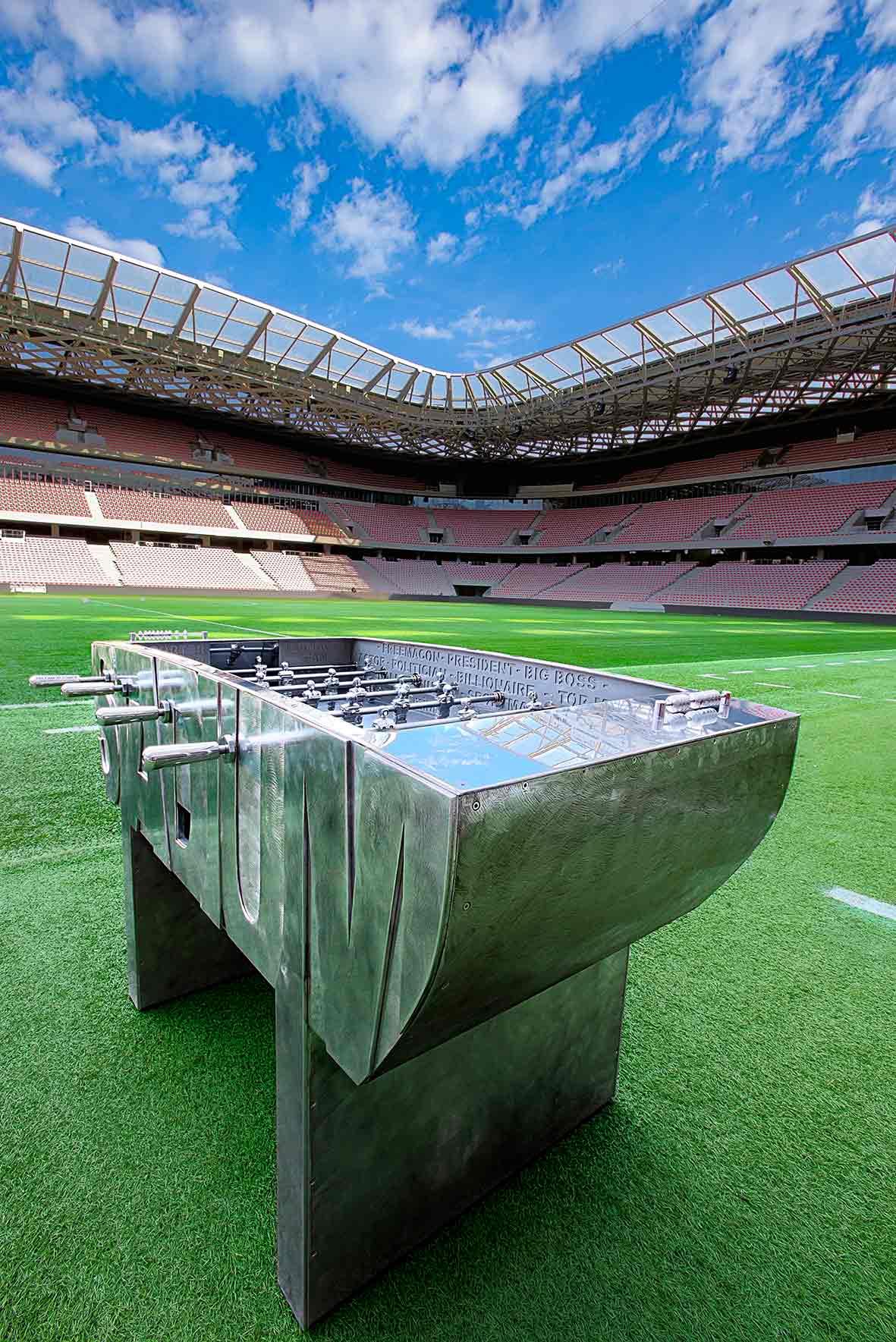 cipre_artiste_sculpteur_2_nicois_baby_foot_aluminium_stadium_stade_allianz_riviera.jpg