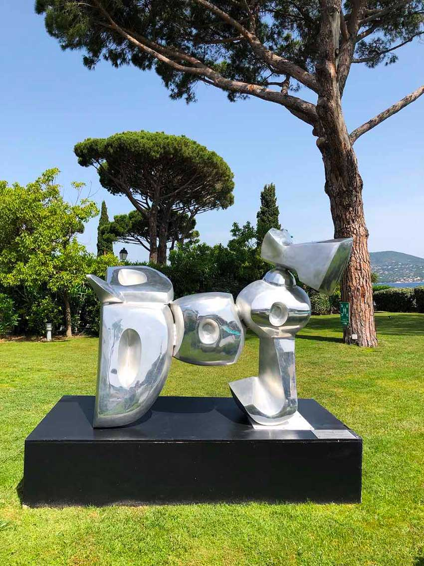 cipre_artiste_sculpteur_bel_air_fine_art_gallery_saint_tropez_kube_hotel_exposition_dog.jpg