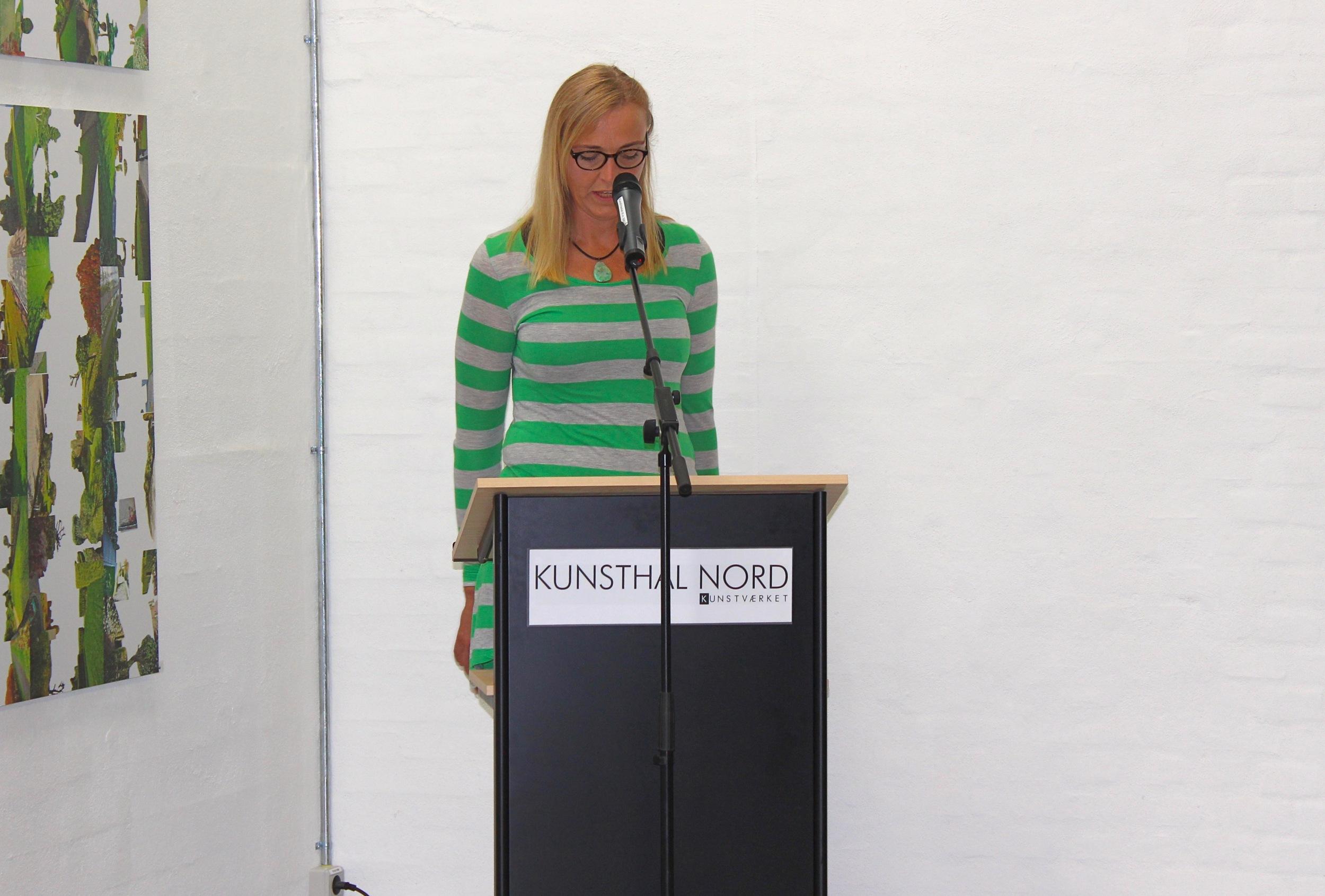 Åbningstale til KONTEKSTs udstilling  Landet ud af skabet  på Kunsthal Nord i 2014