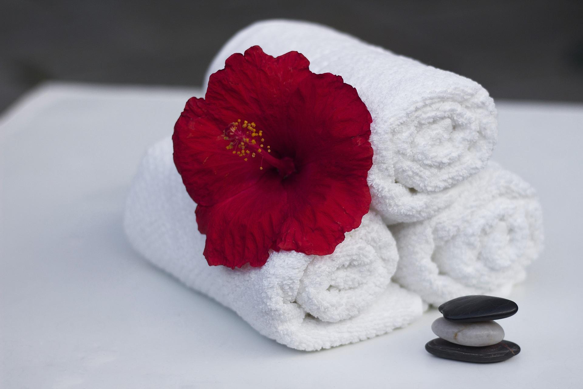 towel-860325_1920.jpg