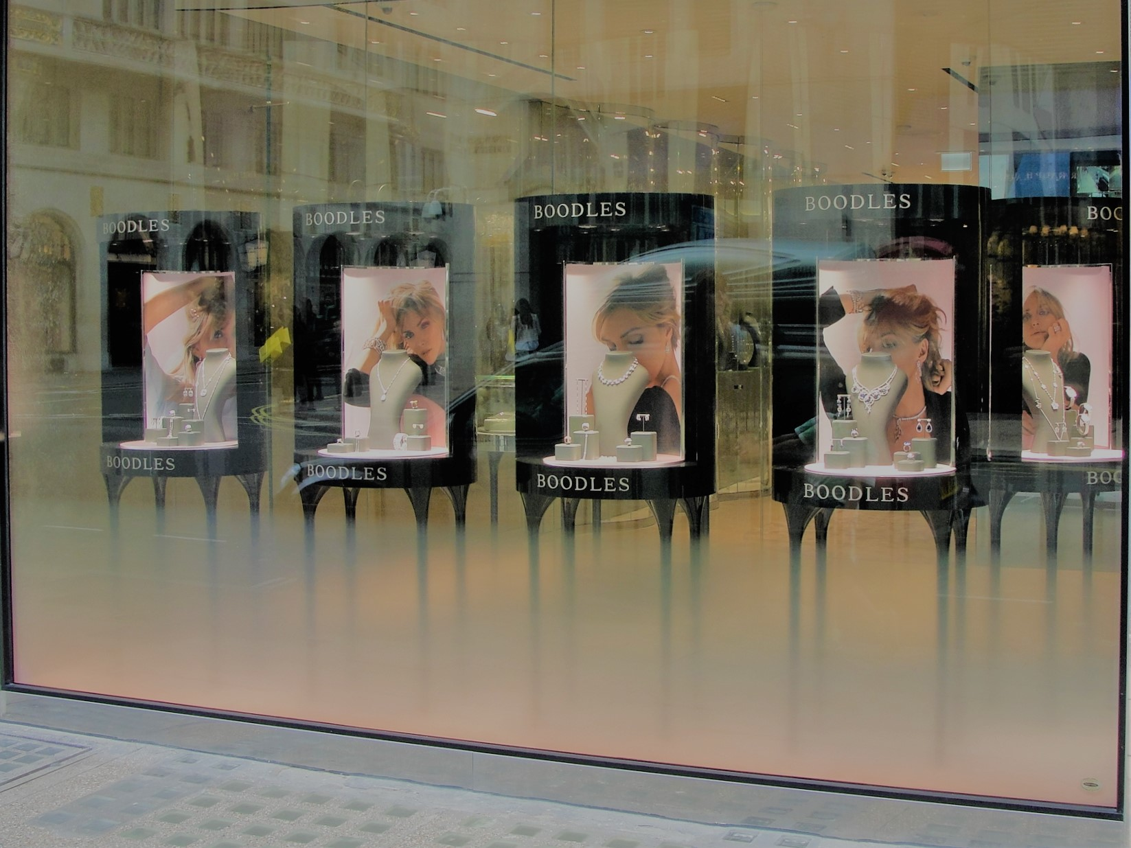 Gloss Black Painted Window Display Units