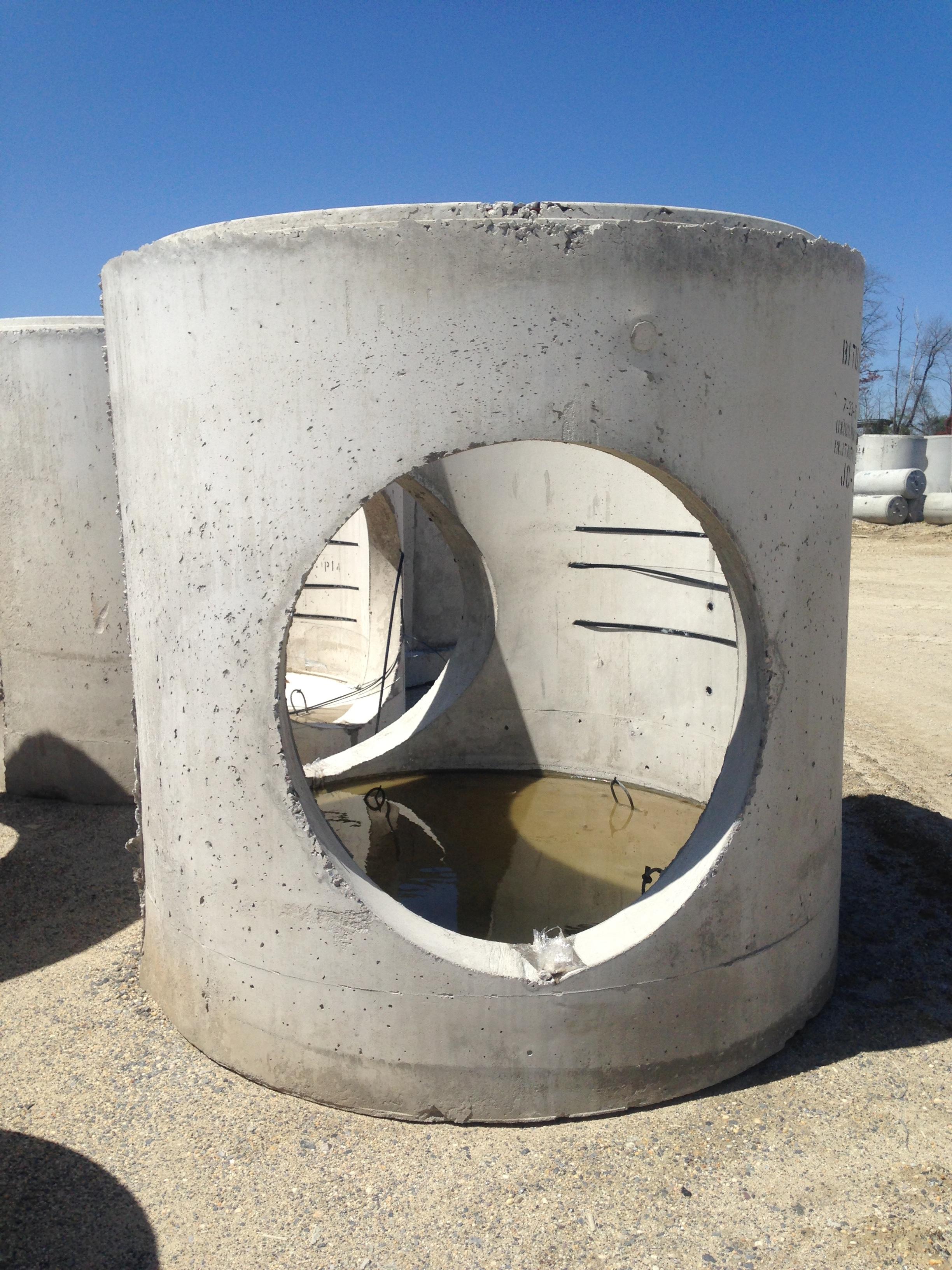 72 manhole base.JPG