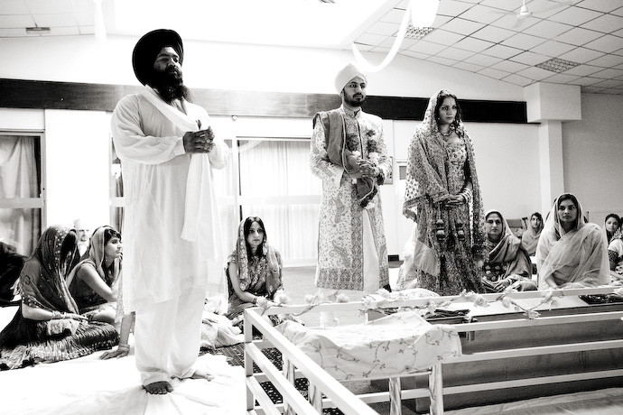 Hindu-Sikh-Wedding-Photos-in-Berkshire-002