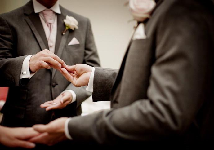 Buxted-Park-wedding-photos-007