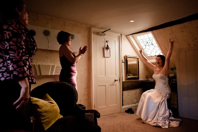 Wedding-photography-at-langshott-manor-007