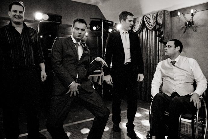 Wedding-photography-at-langshott-manor-028