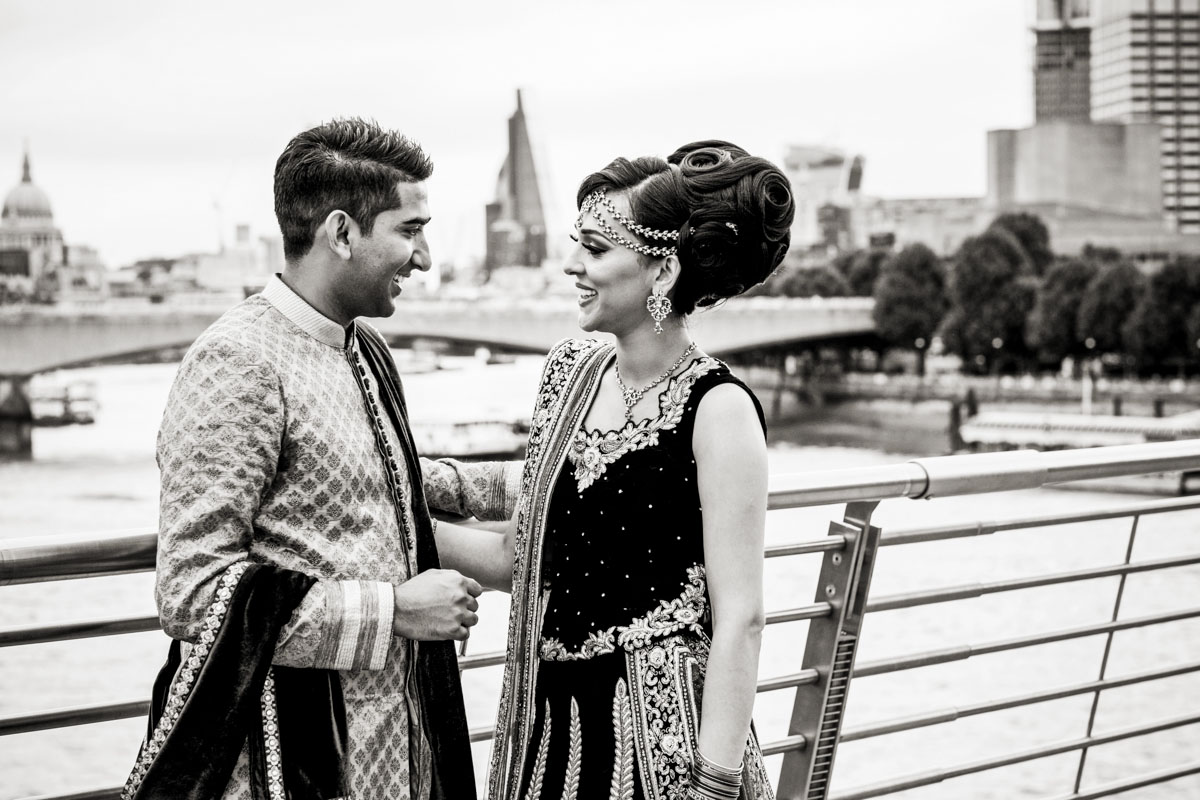 asian engagement photography in london 005
