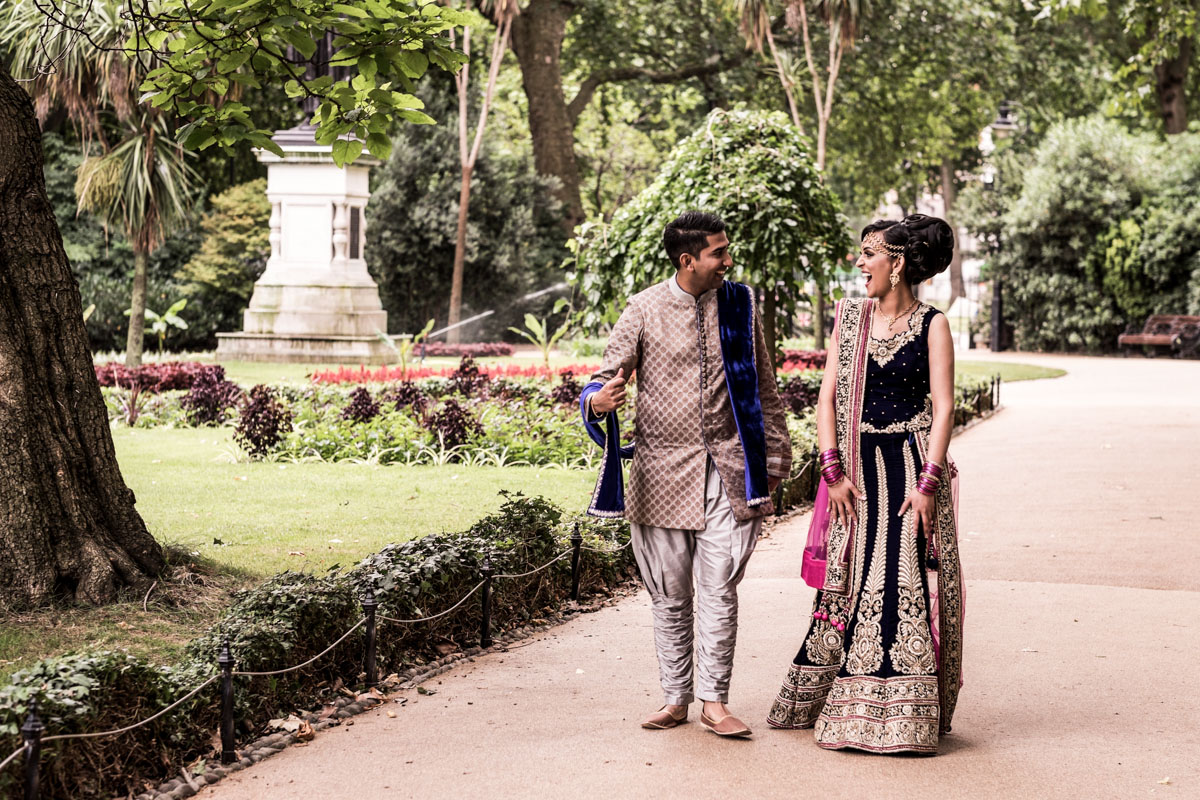 asian engagement photography in london 009