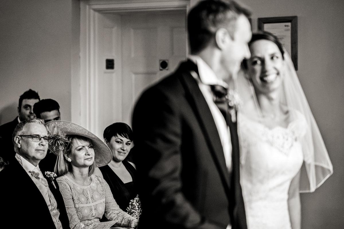 Notley Abbey Wedding Photography_010