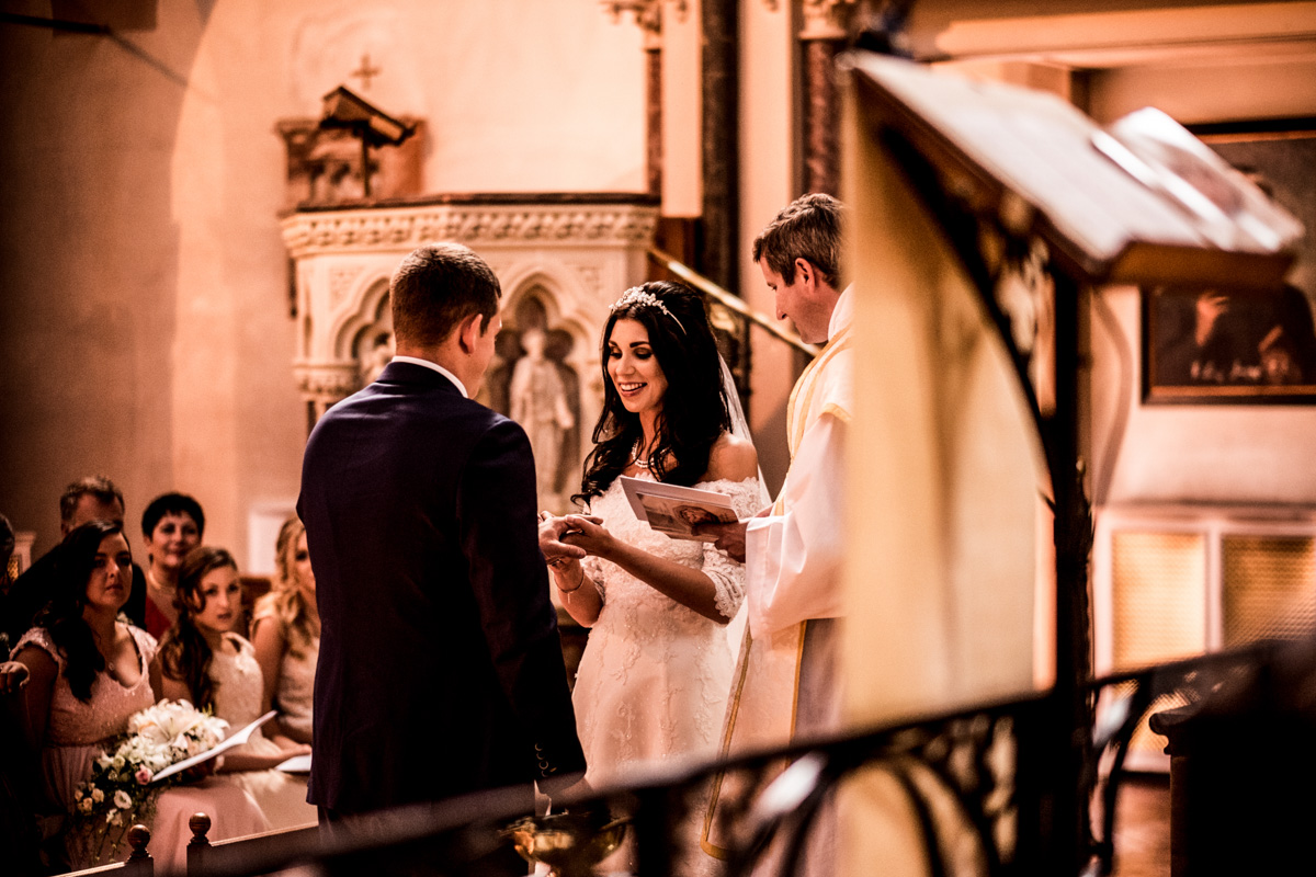 婚礼上的照片,不是在米兰