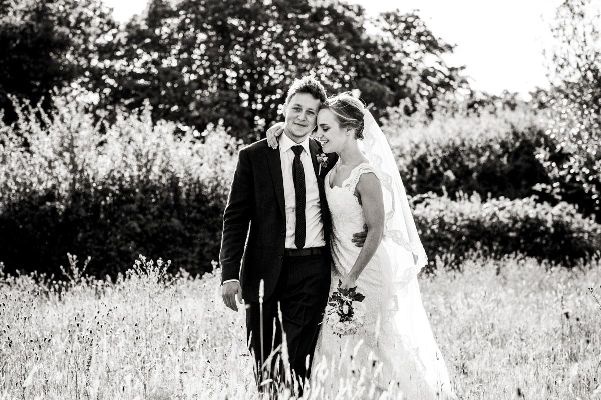 Reportage Wedding Photographers Sussex_018