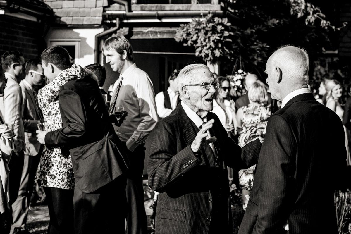 Reportage Wedding Photographers Sussex_025