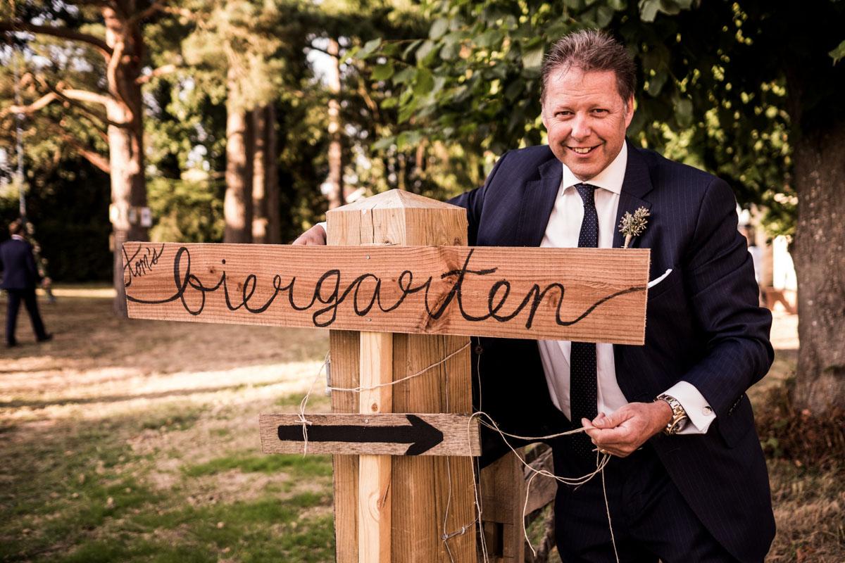 Reportage Wedding Photographers Sussex_035