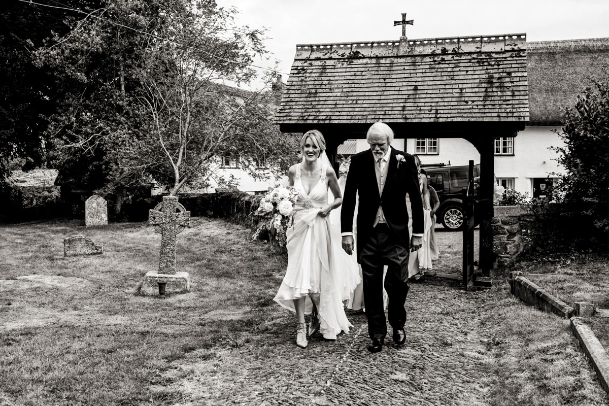 Wedding-Photography-At-Pynes-House-in-Devon-010.jpg