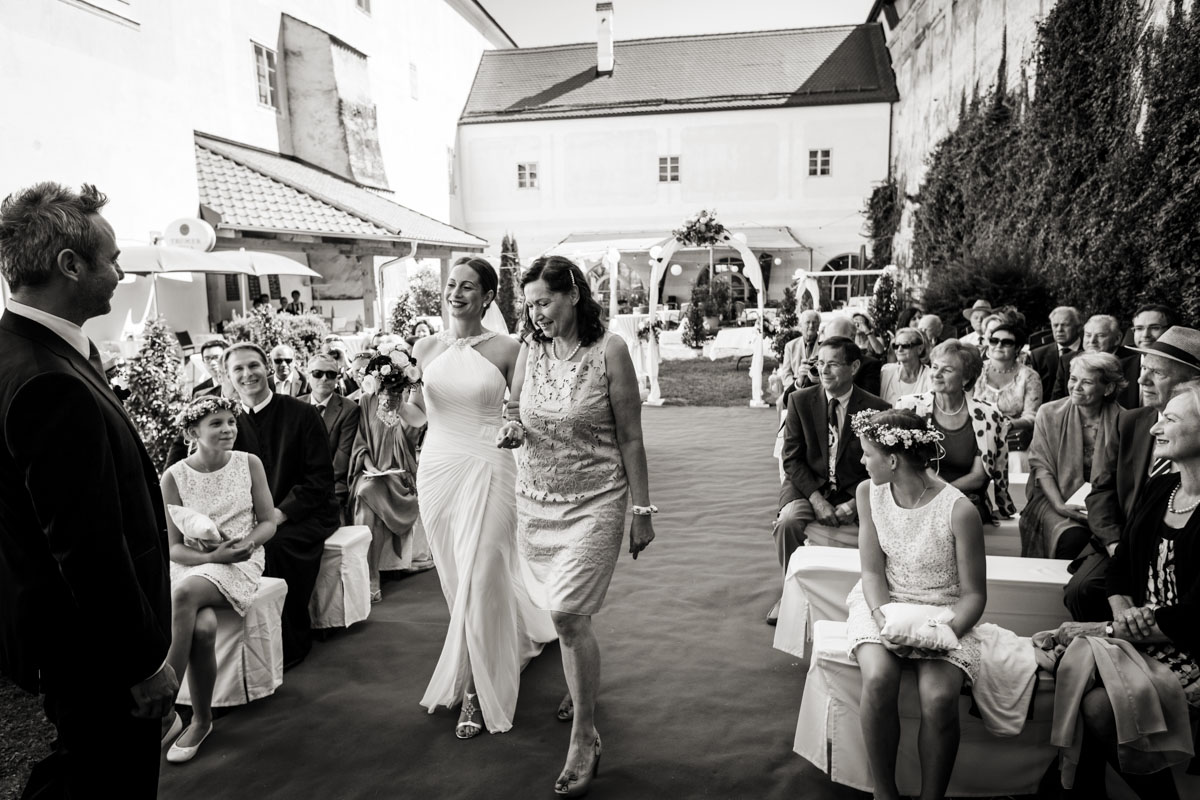 wedding-in-enns-austria-017.jpg