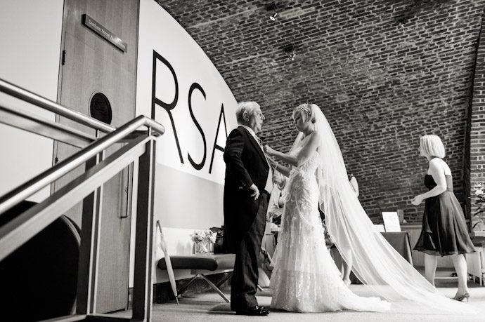 Royal-Spciety-of-Arts-Wedding-Photography-012.jpg