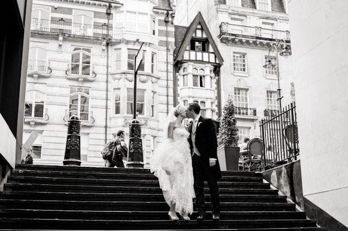 Royal-Spciety-of-Arts-Wedding-Photography-033.jpg