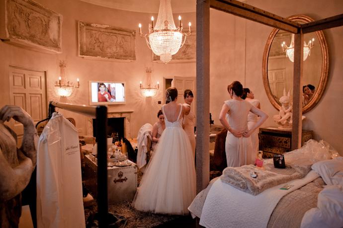 aynhoe-wedding-photography_033.jpg