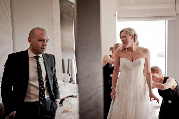 hotel-radisson-edwardian-canary-wharf-wedding-photography011.jpg