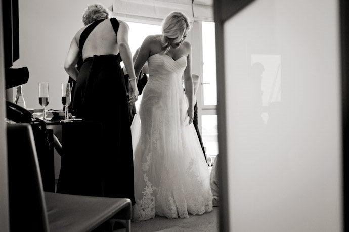 hotel-radisson-edwardian-canary-wharf-wedding-photography012.jpg