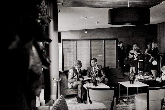 hotel-radisson-edwardian-canary-wharf-wedding-photography014.jpg