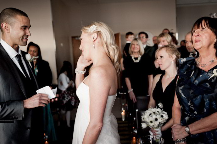hotel-radisson-edwardian-canary-wharf-wedding-photography020.jpg