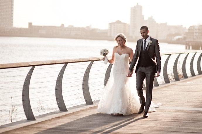 hotel-radisson-edwardian-canary-wharf-wedding-photography032.jpg