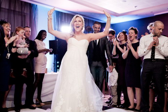 hotel-radisson-edwardian-canary-wharf-wedding-photography058.jpg