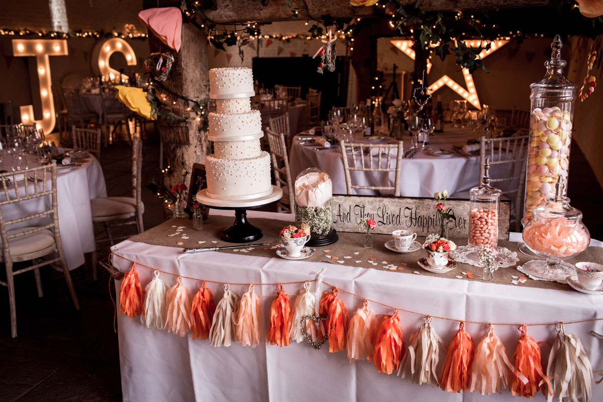 Ufton-Court-Wedding-Photos-040.jpg