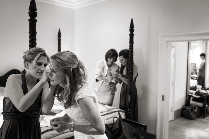 Buckinghamshire-Reportage-Wedding-Photographers_002.jpg