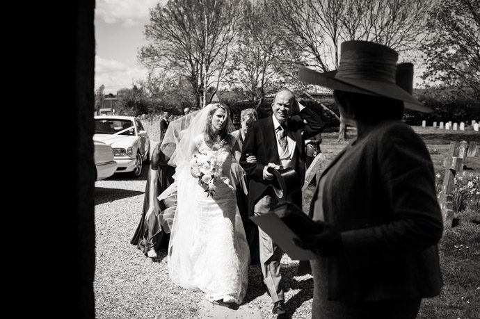 Buckinghamshire-Reportage-Wedding-Photographers_006.jpg