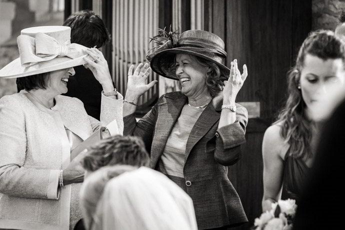 Buckinghamshire-Reportage-Wedding-Photographers_012.jpg