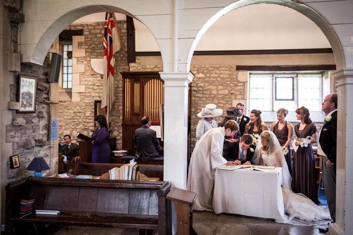 Buckinghamshire-Reportage-Wedding-Photographers_011.jpg