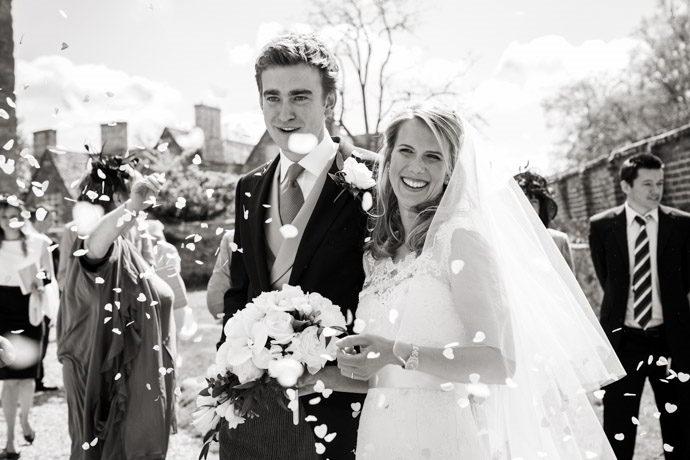 Buckinghamshire-Reportage-Wedding-Photographers_015.jpg
