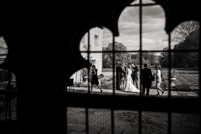 Buckinghamshire-Reportage-Wedding-Photographers_024.jpg