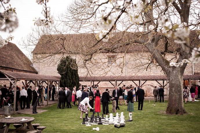 Buckinghamshire-Reportage-Wedding-Photographers_036.jpg