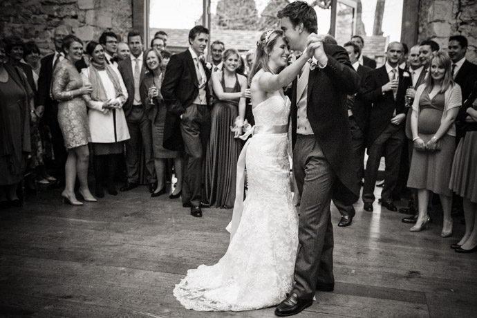 Buckinghamshire-Reportage-Wedding-Photographers_040.jpg