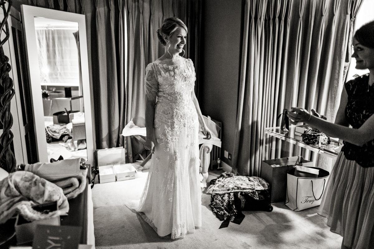 cripps-barn-wedding-photography-004.jpg