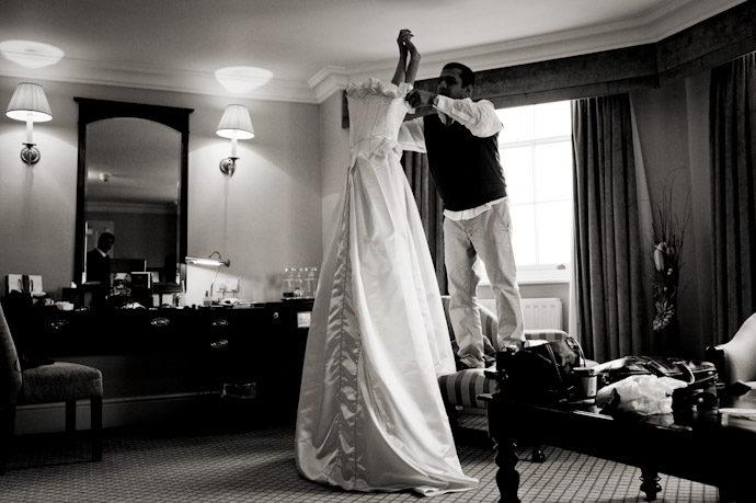 Hampton-Court-Palace-wedding-photography-002.jpg