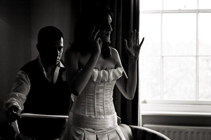 Hampton-Court-Palace-wedding-photography-003.jpg