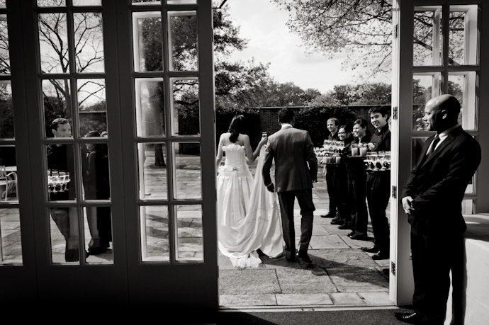 Hampton-Court-Palace-wedding-photography-012.jpg