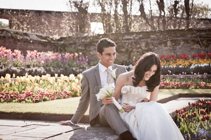 Hampton-Court-Palace-wedding-photography-020.jpg