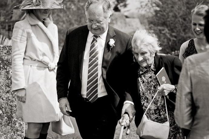 Notley-Abbey-Wedding-Photography_014.jpg